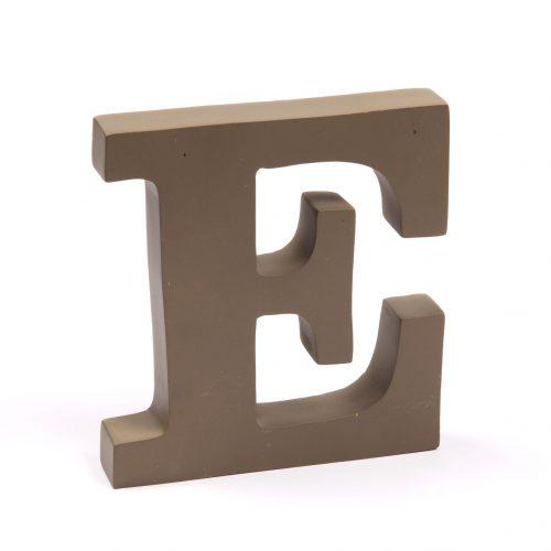 Holzbuchstaben E